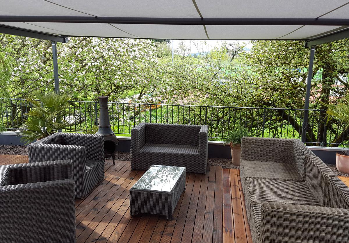 Sonnen- Und Wetterschutz Pergolino / Referenz Gommiswald 3