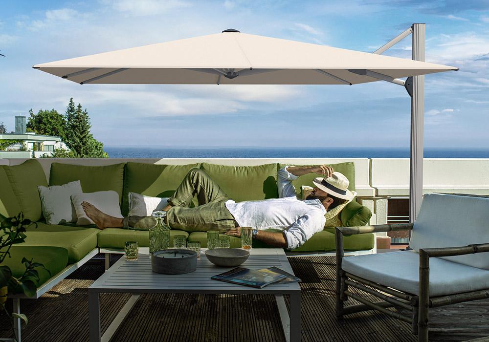 Freiarm-Sonnenschirm Ambiente Nova © By GLATZ AG, Schweiz