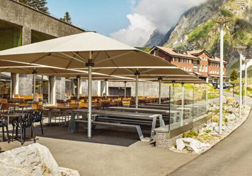 Gross-Sonnenschirm Palazzo Noblesse © By GLATZ AG, Schweiz